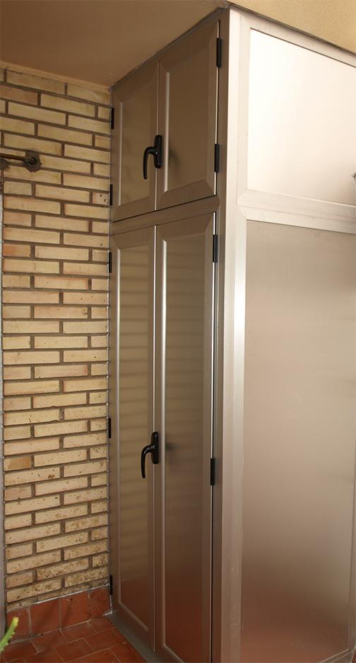 Armarios a medida de aluminio para terrazas o interiores for Armario para balcon exterior